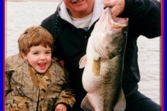 binns_kid_big_bass_2002