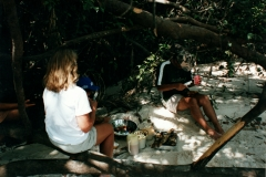 rio_negro_beach_lunch