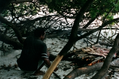 rio_negro_guide_fire_beach_lunch