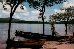 uriama_payara_fishing_camp_dugout_and_skiff_1