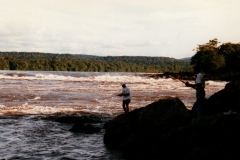uriama_payara_fishing_camp_falls_behind_camp_5