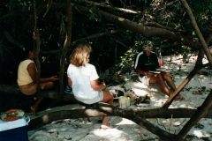 rio_negro_beach_lunch_1