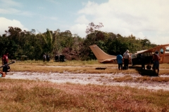 bush_plane_arrival_uriama_payara_fishing_camp